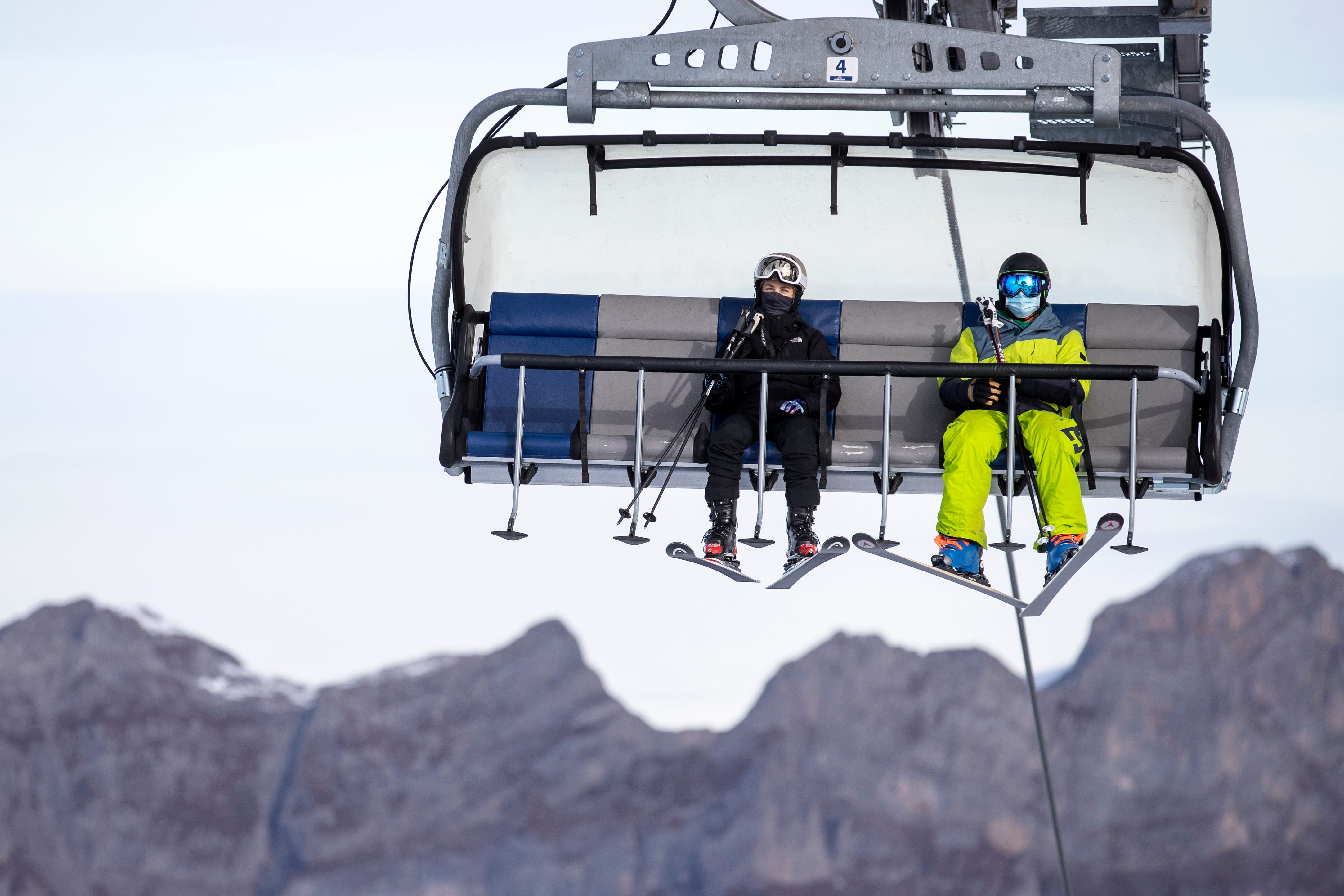 Ski season and COVID-19: What you need to know before you head to the slopes