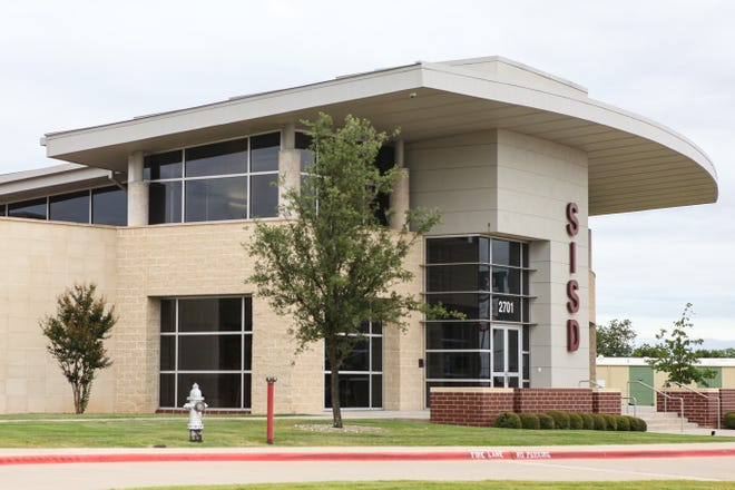 Officials with Sherman ISD announced Thursday that four campuses will transition to distance learning for the remainder of November starting on Monday.
