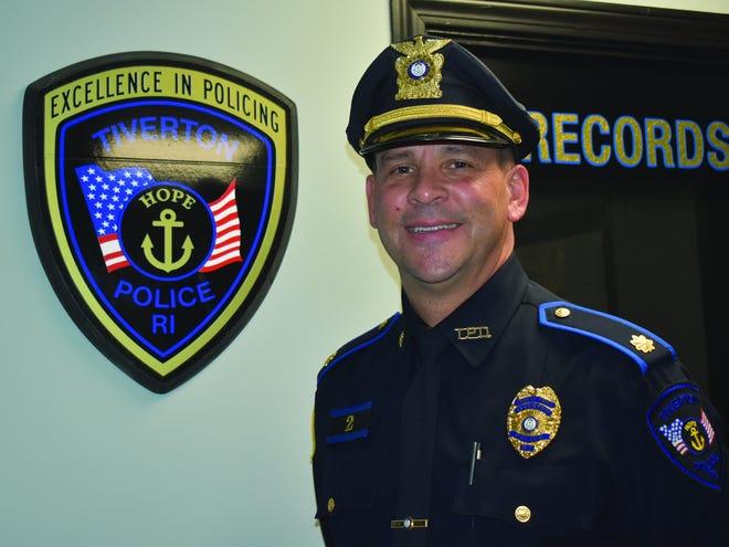 James Costa,  o novo sub-comandante da Polícia de Tiverton, R.I.