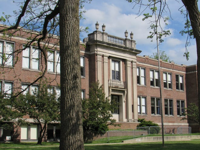 The Hudson City School District is reviewing a proposal to repurpose the portion of the old Hudson Middle School that was built in 1927. Liberty Development Co. presented a revised version of their plan at community webinars on  March 10 and 11. The plan was scaled back from about 35-36 residential units to 14 units. The front lawn and old oak trees will be preserved, and a proposal to build two new homes along Oviatt Street has been dropped from the plan. In Liberty's plan, about one-third of the 1927 building will be preserved and the remaining two-thirds will be demolished.