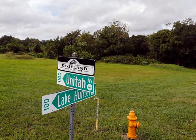 Vacant property at Lake Hunter and Unitah Avenue that would be the location of a proposed cell tower in Lakeland.