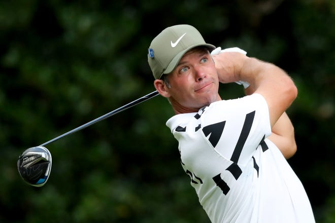 Paul Casey matched his lowest score at the Masters with a 7-under 65 on Thursday.