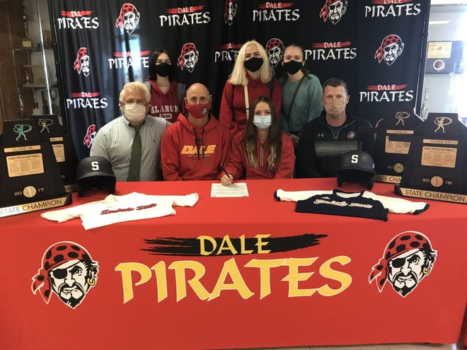 Dale High School senior shortstop Emilia Idleman (seated, second from right) recently signed a softball letter-of-intent with Seminole State College. Pictured with Idleman are (seated from left) Kevin Idleman, Dale head coach Andy Powell and Dale assistant coach Bryce Clemons. Standing (from left) are Hallie Cantrell, Maddie Idleman and Abbie Idleman.