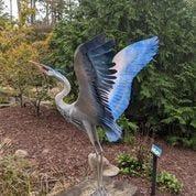 Heron statue dedicated to Daniel Gottovi.