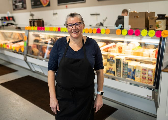 Ladijane Evangelista manages the new D'errico's location at 127 Cambridge St. in Worcester.  She is the mother of Rodrigo Deoliveira, who owns D'Errico's Market on East Central Street as well as the Cambridge Street location.