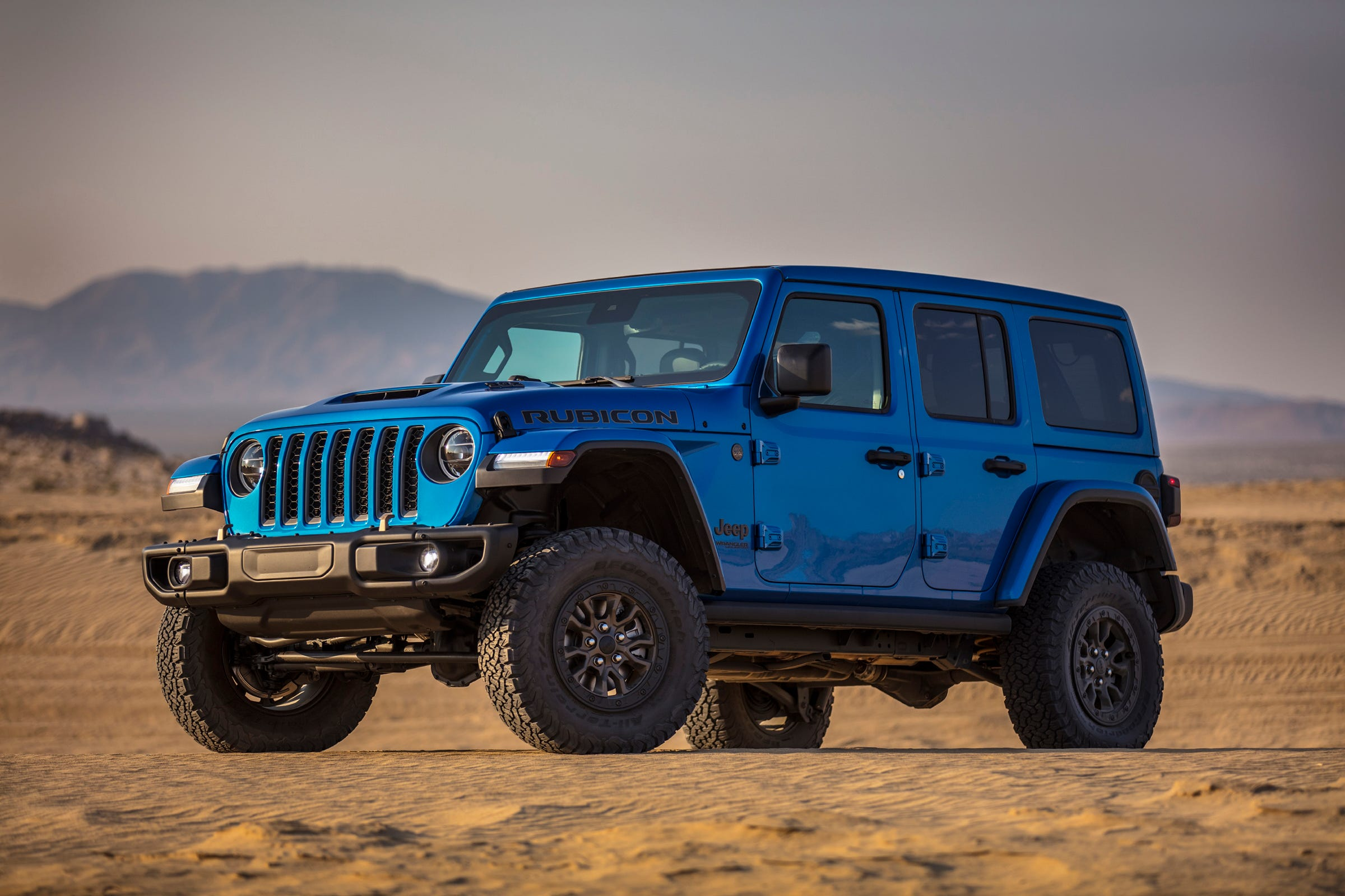 Fiat Chrysler shows off its 'badass' V8-powered Jeep Wrangler Rubicon 392