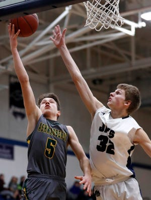 Ashwaubenon's Matt Imig will get the chance to play basketball this winter.
