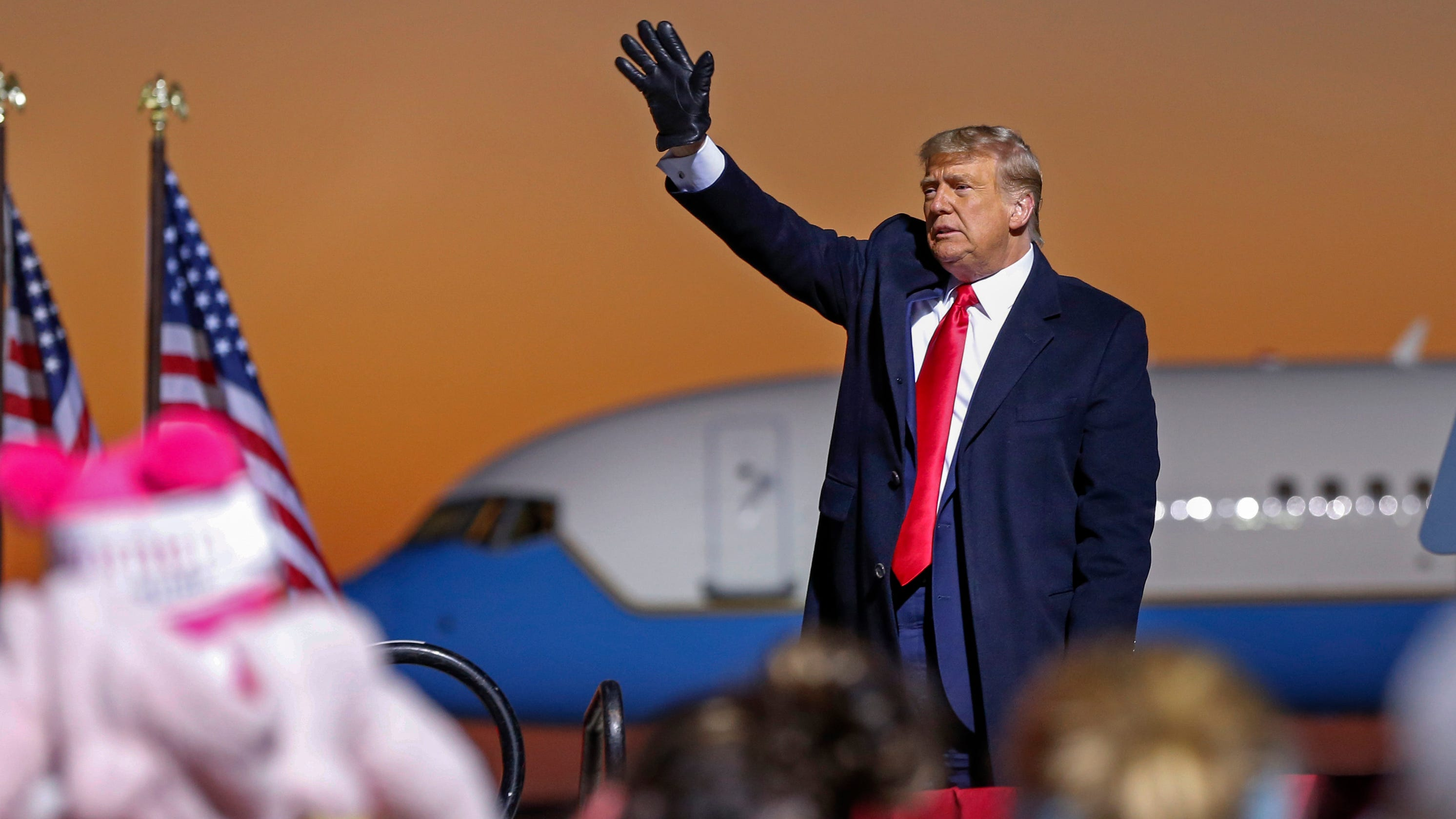 Donald Trump wants to run the Republican party even if he leaves office. Can he?