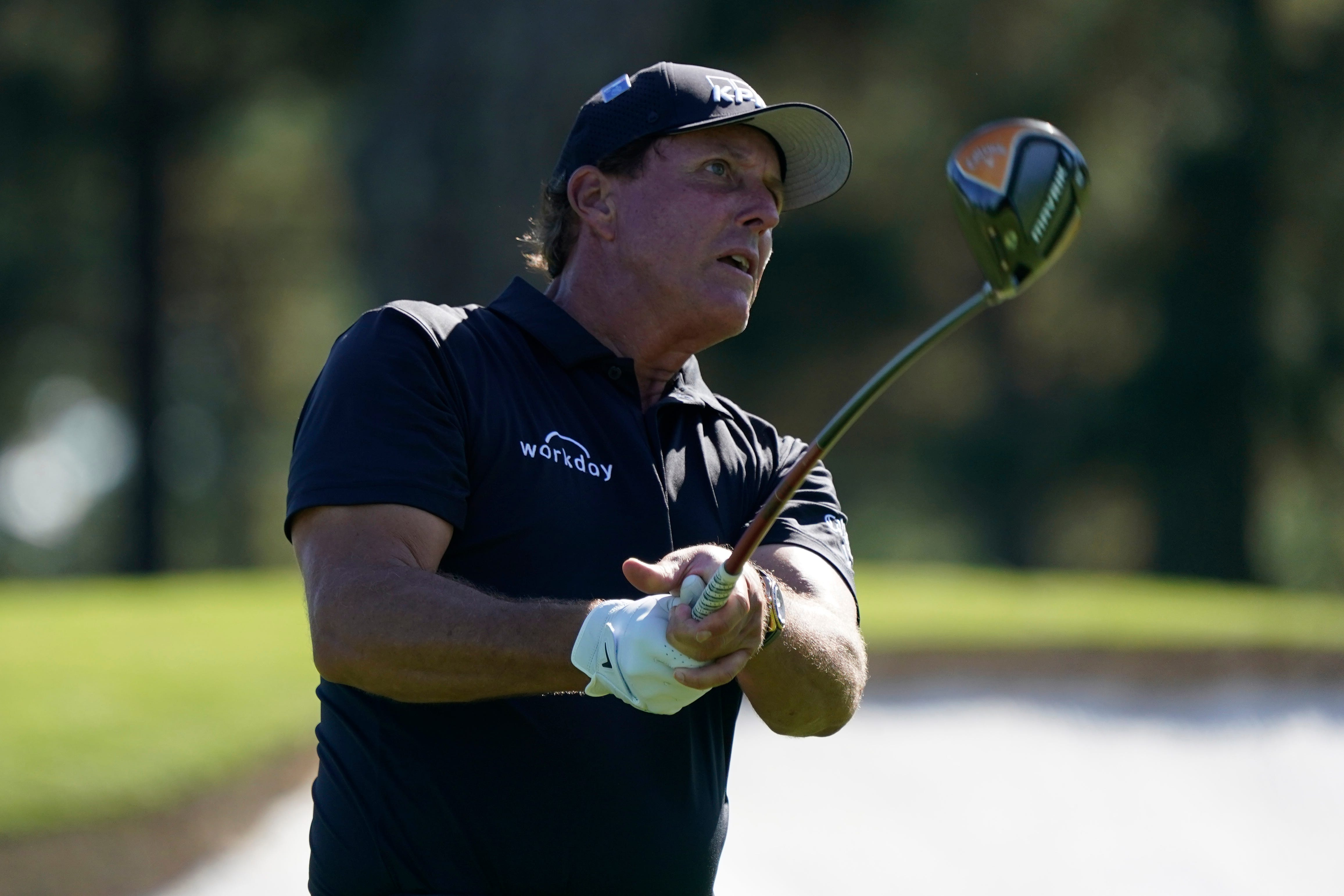 Opinion: Phil Mickelson is confident he can make a run at the Masters — if he fixes his putting