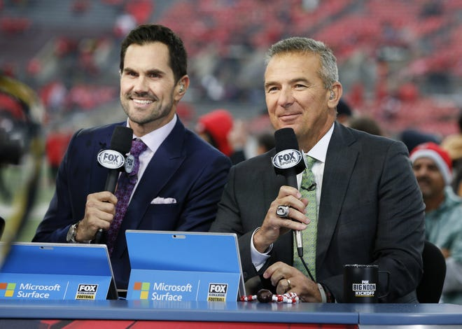 Former quarterback Matt Leinart, left, and former Ohio State coach Urban Meyer will be back in town next Saturday with Fox's Big Noon Kickoff.