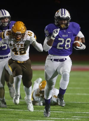 Senior Quintell Quinn rushed for 135 yards and three touchdowns on 24 carries in the state semifinal. The Stallions will play Chardon for the Division III state title at 7 p.m. Saturday, Nov. 21, at Fortress Obetz.