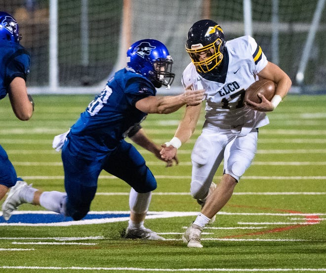 Braden Bohannon (17) jukes during the District III Class 4A football championship game between Lampeter-Strasburg and Elco at Lampeter-Strasburg High School, November 13, 2020. The Pioneers defeated the Raiders 20-3.