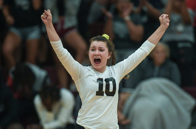 Ava Hampton, a libero, was named Player of the Year in the league and first-team all-district. Hampton was one of three seniors for the Warhawks, who finished 19-3 overall and went 8-1 to win the OCC-Ohio Division title.