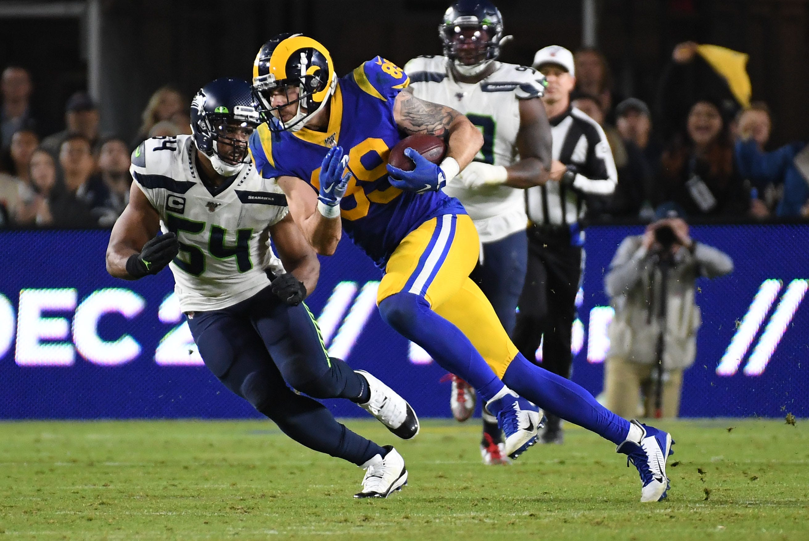 Seahawks Vs Rams Live Stream Score Updates Odds How To Watch