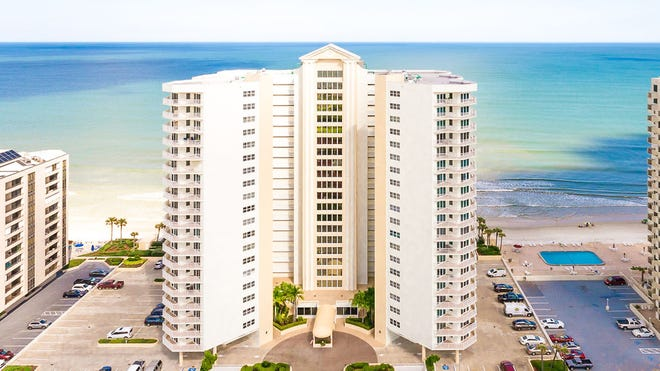 This well-maintained, light and bright third-floor condominium is located in Oceans 8 in Daytona Beach Shores.