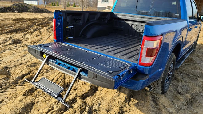 Rear bed access for the 2021 Ford F-150 includes an optional tailgate drop step.