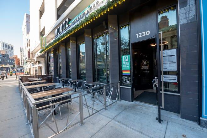 Mootz Pizzeria, yang ditampilkan di sini pada 16 November, adalah salah satu restoran yang berpartisipasi dalam inisiatif Bedrock's Decked Out Detroit.