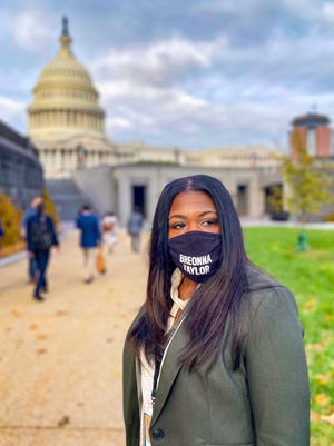 Congresswoman-elect Cori Bush wore a mask featuring Breonna Taylor's name to orientation for the 117th Congress.