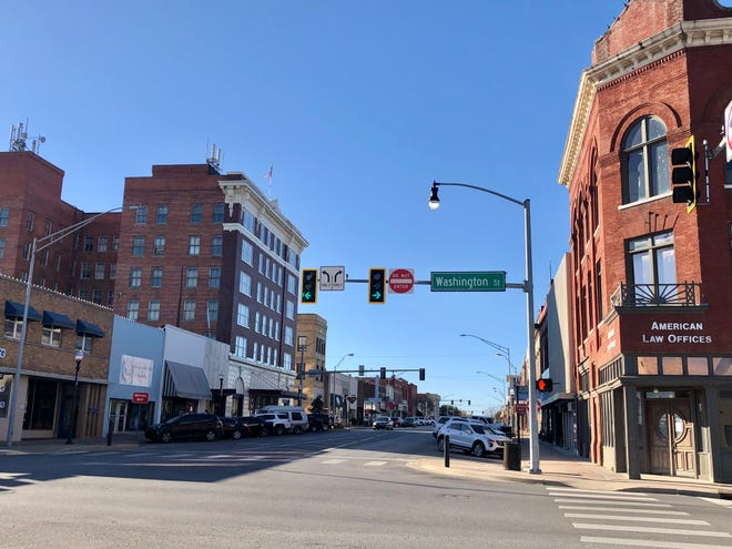 A photo of downtown Ardmore.