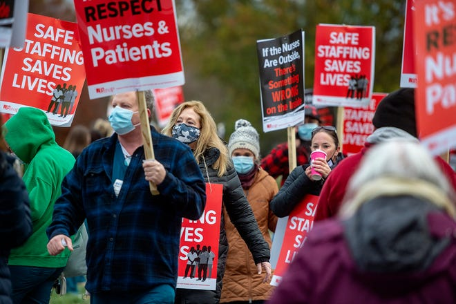 Nurses picket in front of St. Mary Medical Center in Middletown on Tuesday, Nov. 17, 2020.