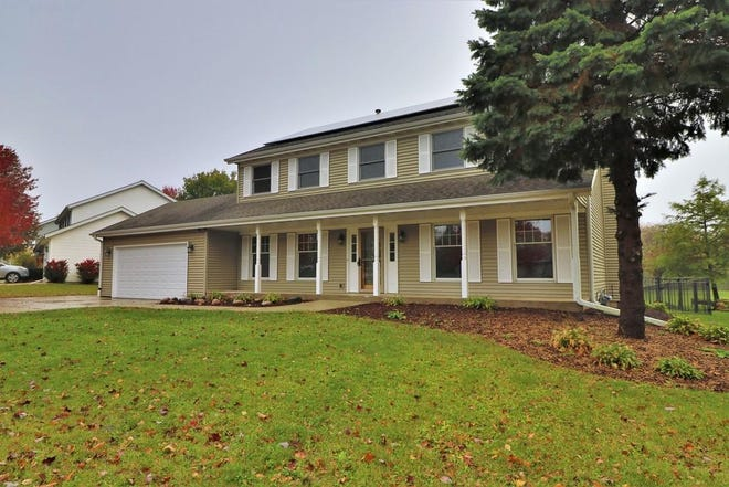 This home at 6673 Thomas Parkway in Rockford is on the market for $275,000. [PHOTO PROVIDED]
