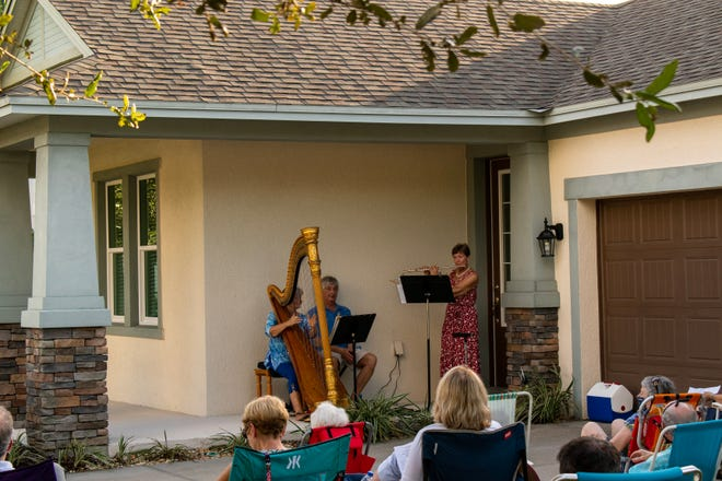 "A holiday ""Porch Music"" program in Bradenton is in the planning stages for December."
