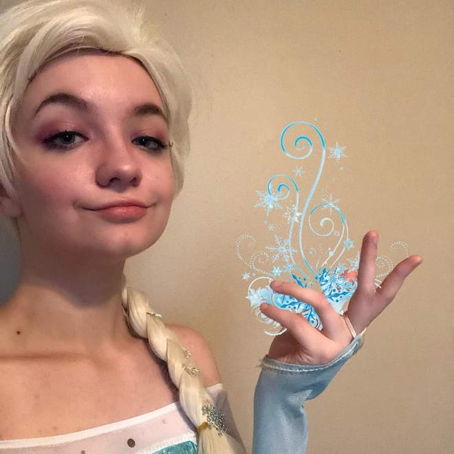 """Disney's  """"Elsa"""" will put in an appearance at the Emerald Coast Christmas Bazaar And Food Truck Festival."""