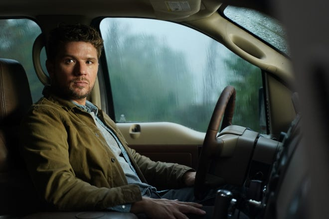 """Cody (Ryan Phillippe) becomes a target while investigating sex trafficking in ABC drama """"Big Sky."""""""