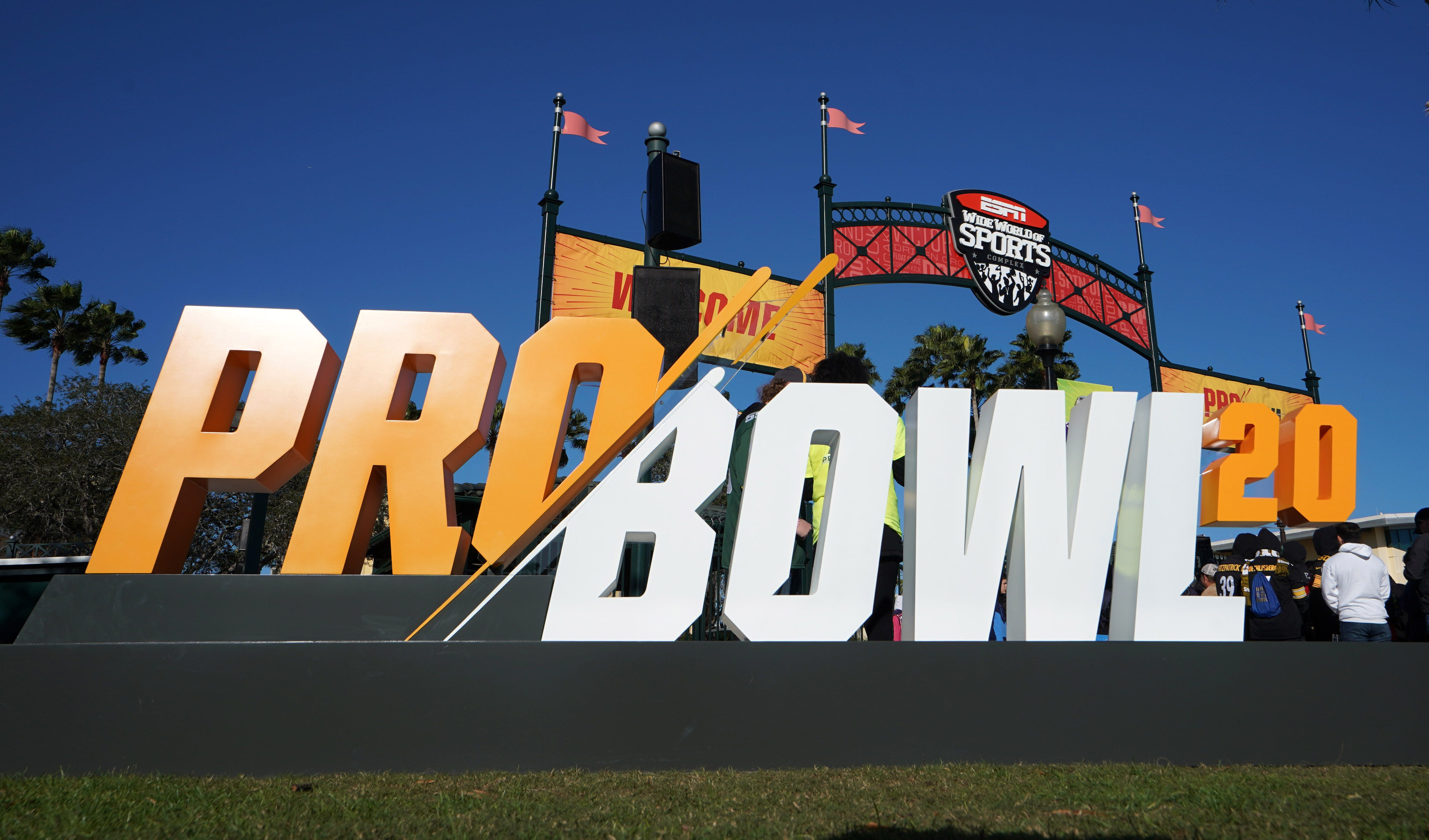 NFL Pro Bowl to be played virtually in Madden 21 game featuring Deshaun Watson, Kyler Murray