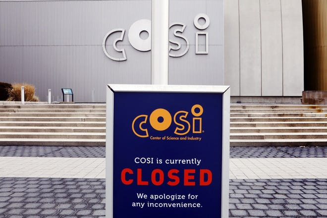 As coronavirus cases soar, COSI Columbus announced that it will remain closed after planning to open on Friday.