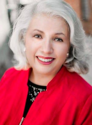 WIU Theatre Professor Emeritus Jeannie Woods