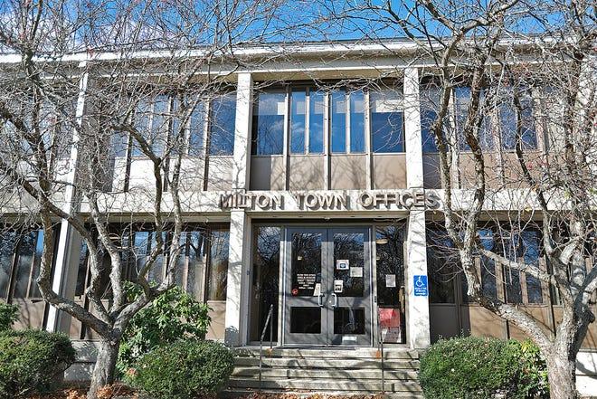 Milton Town Hall on Wednesday November 18, 2020 Greg Derr/ The Patriot Ledger