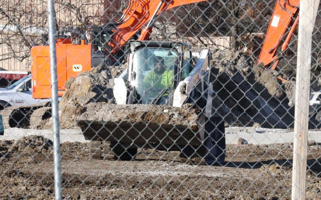 Work on a new health center facility at the current Livingston County Health Department on Torrance Avenue continued Wednesday morning.