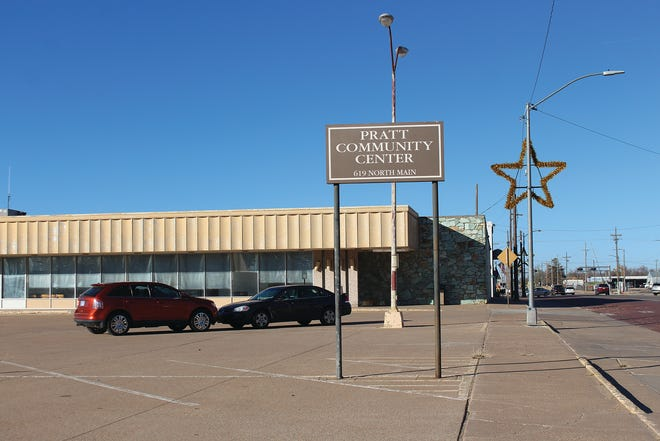 The Pratt Community Center at 619 N. Main is the site for pick-up of 2020 Thanksgiving Day meals. No dining in will be allowed this year due to active positive cases of the coronavirus in the area. Call-in orders are appreciated for the annual event at (620)672-7811.