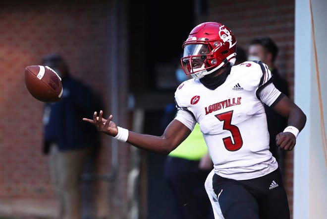 Quarterback Malik Cunningham leads Louisville against Syracuse in an ACC game on Friday.