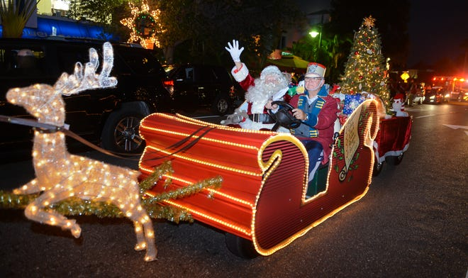 Holiday Night Of Lights returns to St. Armands Circle on Friday.