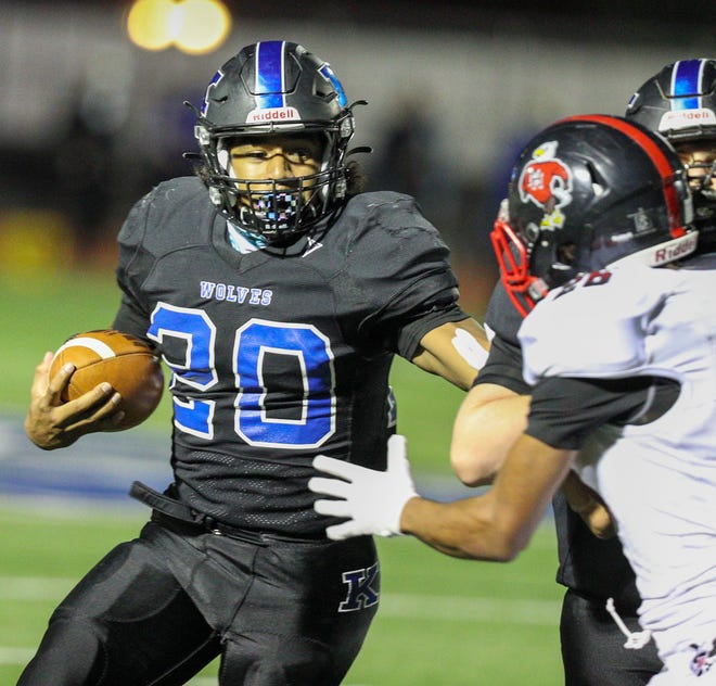 Kilbourne senior running back Terrique Gray was named second-team all-district in Division II after rushing for 665 yards and seven touchdowns. The Wolves won two postseason games and finished 6-4.