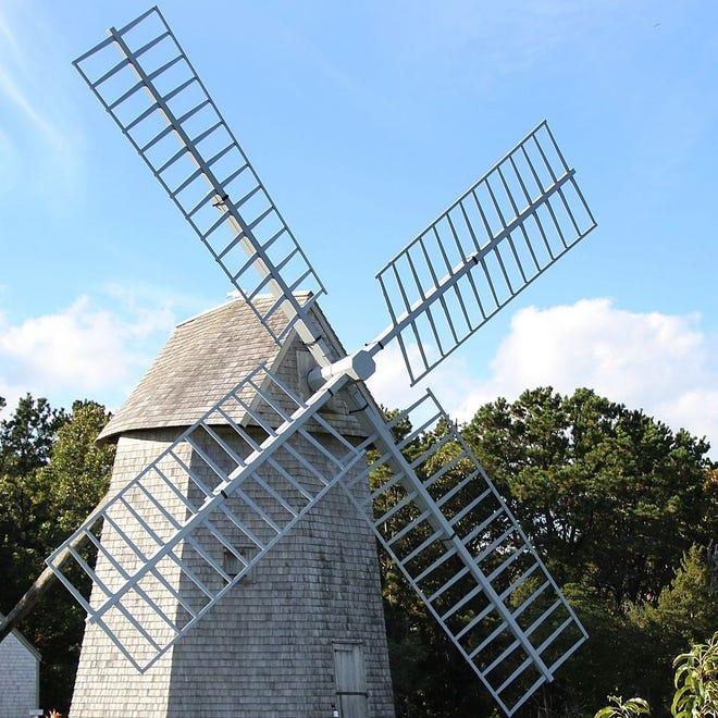 Higgins Farm Windmill in Drummer Boy Park.