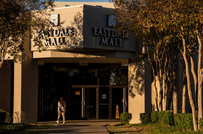 Shoppers arrive at Eastdale Mall in Montgomery, Ala., on Wednesday, Nov. 18, 2020.