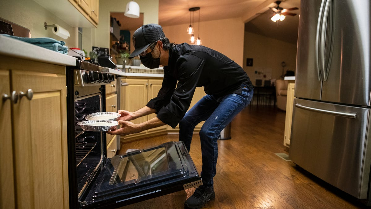 California Home Kitchens Program An Opportunity For Some During Pandemic