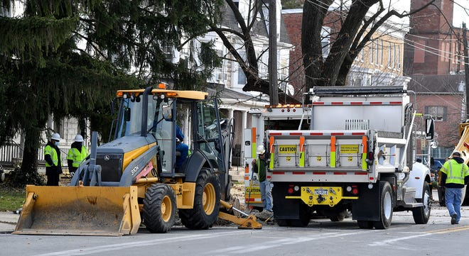 A crew working on Carlisle Road in York City struck a gas main forcing the evacuation of several homes in the 200 block, Wednesday, November 18, 2020John A. Pavoncello photo