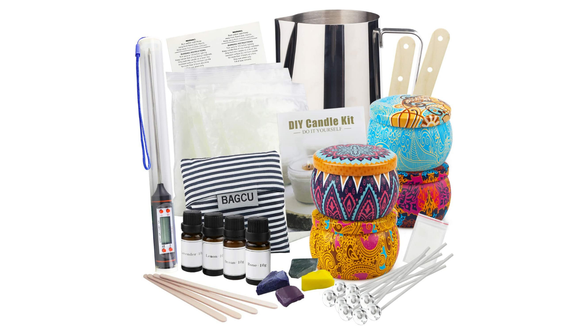 Best DIY gifts: Yinuo Light Scented Candle Making Kit