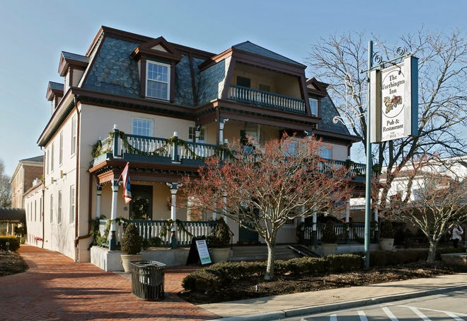 The Worthington Inn, which has been closed for almost two years, would undergo a renovation under a new plan approved by the city.
