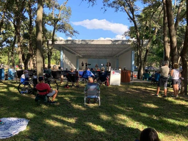 The Sarasota Orchestra is launching a series of 11 free outdoor concerts in parks around Sarasota and Bradenton from December through April.