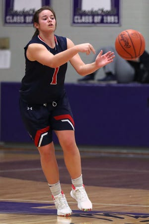 "Junior guard Ellie Pollock-Ballard is a returning starter for Grove City, which expects to improve on last year's 6-17 finish. ""They know the expectations and they've worked really hard,"" coach Joel Taylor said."