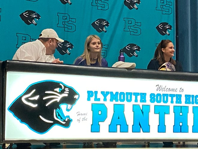 Plymouth South senior Amelia Freitas (center) signed her National Letter of Intent Wednesday. She will play Division 1 softball at the University of Albany.