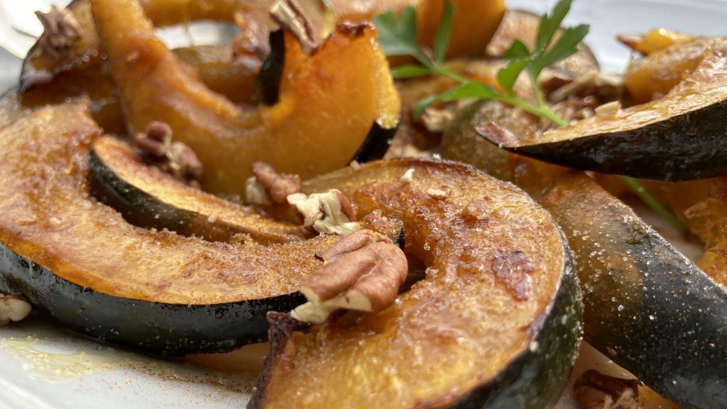 Roasted acorn squash is a healthful addition to your holiday table