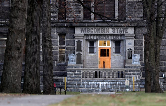 The Green Bay Correctional Institution pictured on Nov. 18, 2020, in Allouez, Wis.