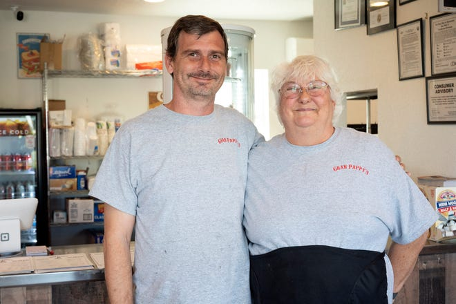 Mother and son Gwen and Wesley Deal teamed up to open their first restaurant, Gran Pappy's, located in Leesburg.