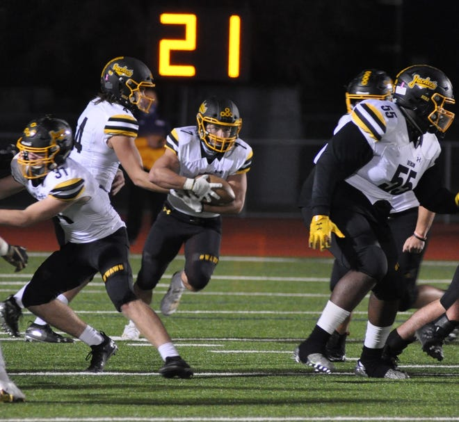 Denison's Asa Osbourn had 158 yards and two touchdowns on 16 carries in a District 7-5A (II) victory against Lebanon Trail.